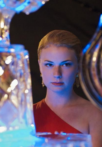 10 Reasons Emily Thorne Gets A Bid